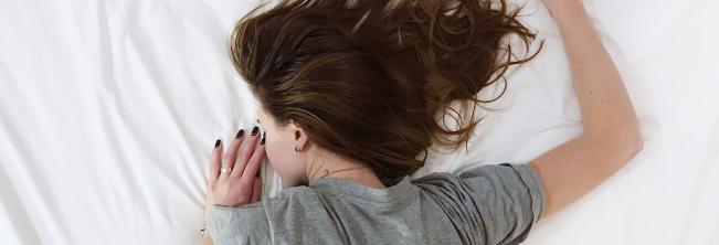 Wpływ jakości i długości snu na niepełnosprawność związaną z chorobą Alzheimera